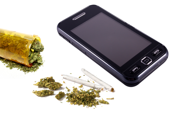 How to Avoid a Cell Phone Drug Bust in Kansas